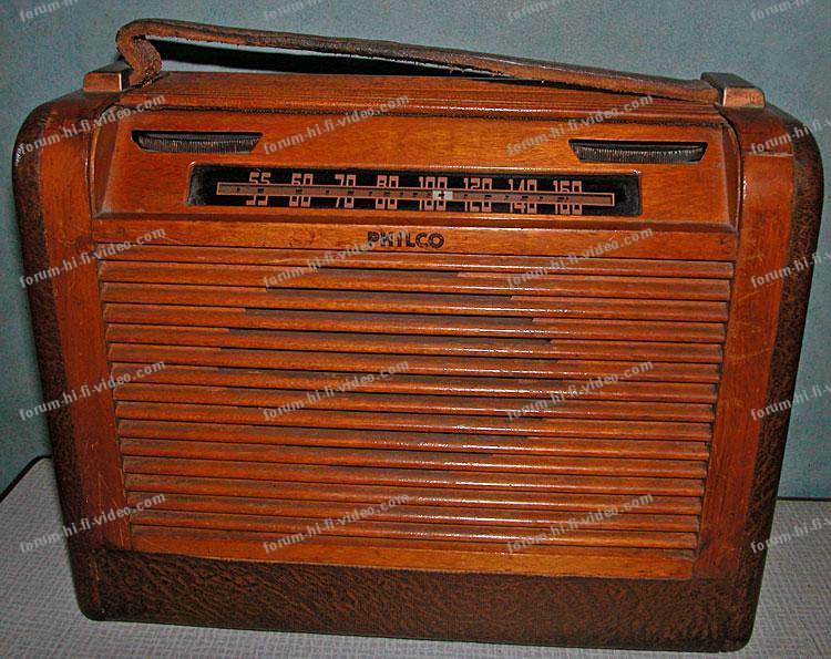 ancien poste de radio à lampes