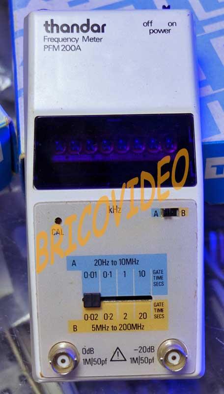fréquencemètre 20Hz à 200Mhz